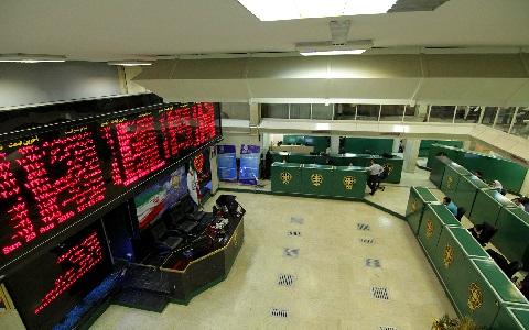 معاملات کدام نمادها به زمان عادی بازار بازگشتند؟