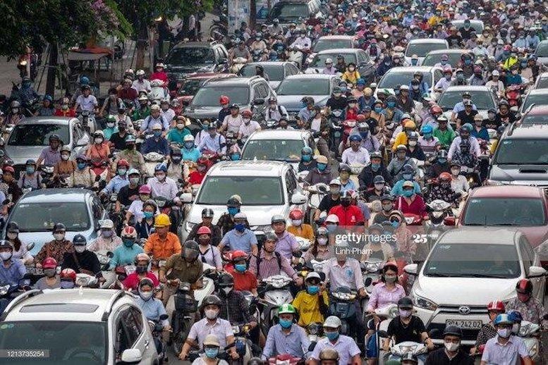 مدل وحشتآور عدم رعایت فاصله اجتماعی در هانوی!