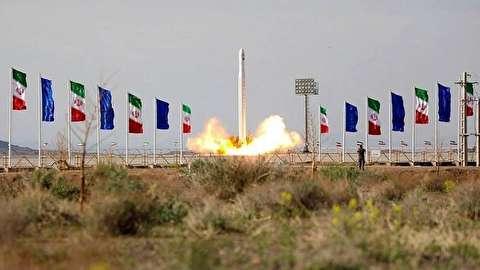 پرتاب ماهواره نظامی نور با موشک قاصد