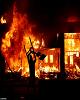 لشکرکشی ارتش آمریکا به خیابانها پس از ۳۰ سال برای مقابله با معترضان / اعتراض و آتش در خیابانهای آمریکا ادامه دارد / دستور ترامپ برای برخورد با معترضان +عکس