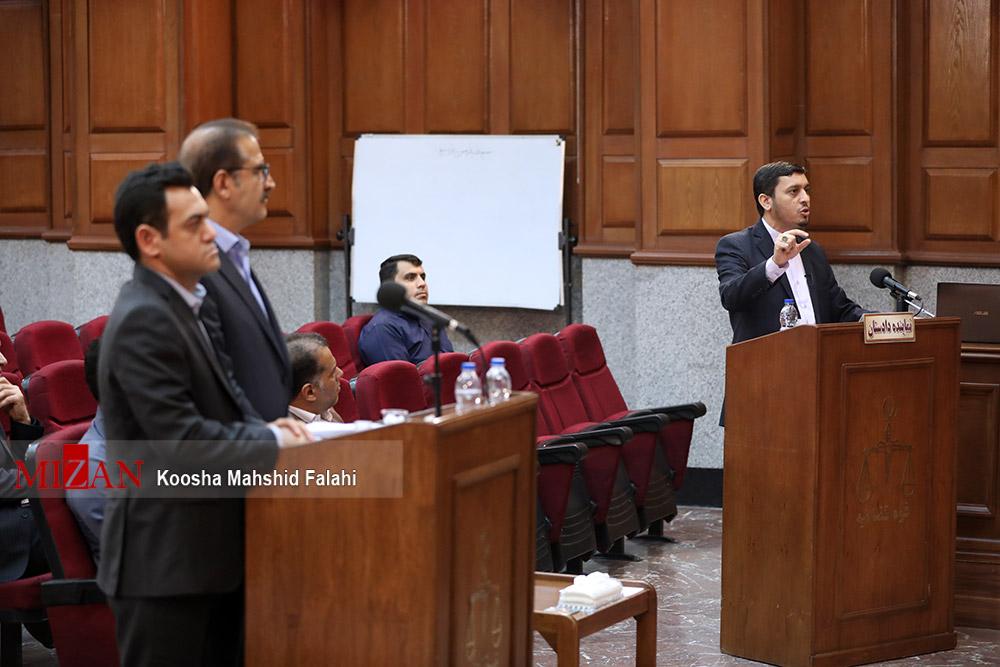 ماجرای ۵ بسته ۱۰۰ هزار یورویی پرداخت شده به قاضی منصوری