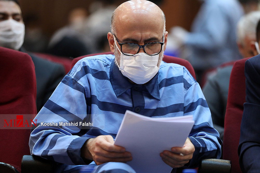 ماجرای ۵ بسته ۱۰۰ هزار یورویی پرداخت شده به قاضی منصوری/ ادعاهای طبری در مورد دریافت ۵ قطعه زمین در بابلسر از نیاز آذری