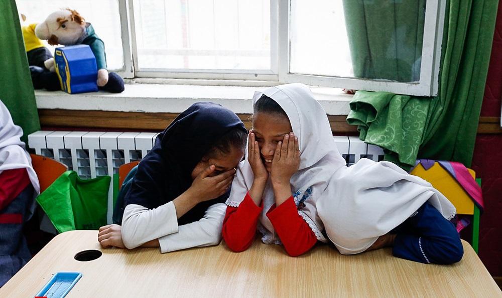 وقتی «حق بر آموزش» و قانون «حمایت از اطفال و نوجوانان» به کمک فرزندان یک خانواده می آید!