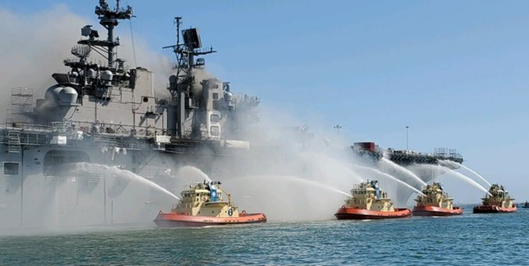 آتشسوزی در کشتی جنگی آمریکا مهار شد