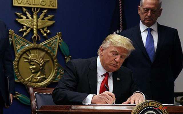 شباهت جالب امضای ترامپ با نمودار کرونا