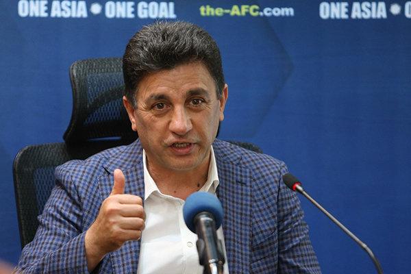 آیا وزیر ورزش قول نیمکت استقلال را به قلعهنویی داده؟