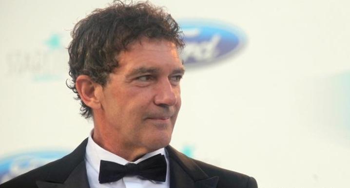 آنتونیو باندراس هنرپیشه اسپانیایی به کرونا مبتلا شد