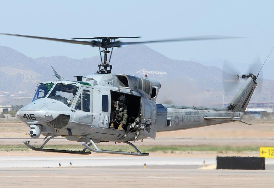 تیراندازی به سوی بالگرد نیروی هوایی آمریکا در ویرجینیا