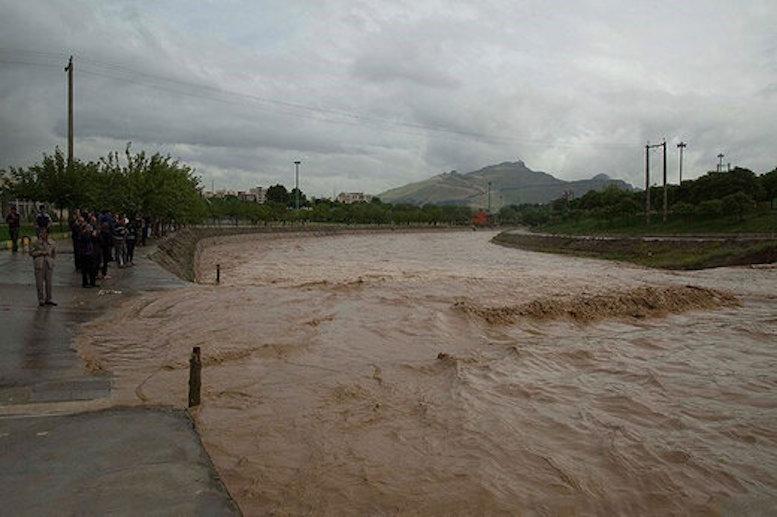 از سواحل خزر تا سواحل دریای عمان بارانی است