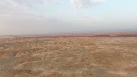 شلیک موشکهای ایران از زیر خاک