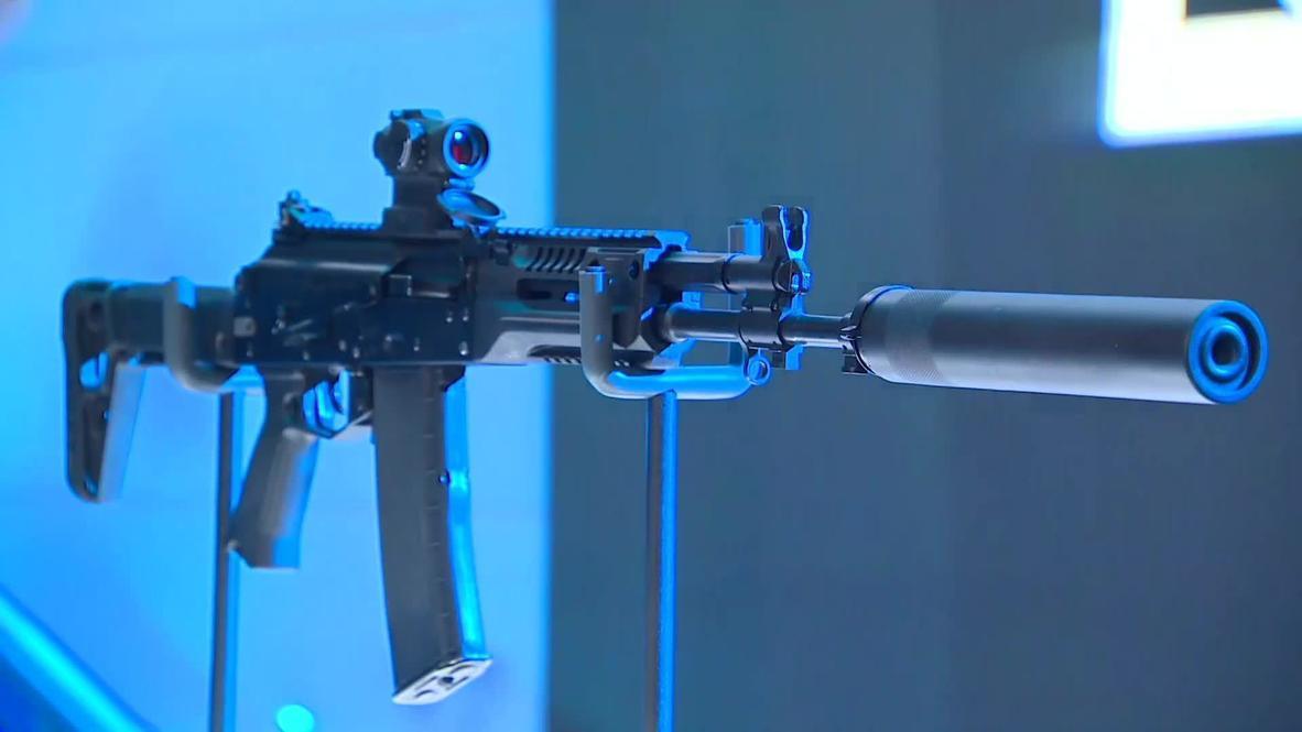 رونمایی کلاشنیکف از سلاحهای جدید خود