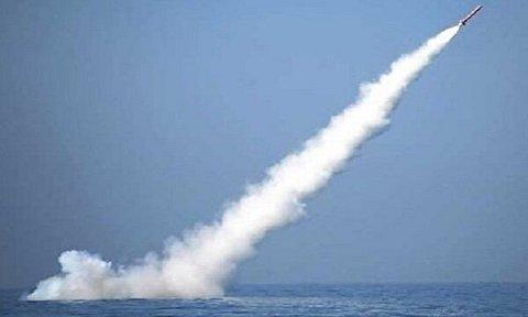 شلیک موشک جاسک 2 از زیردریایی غدیر