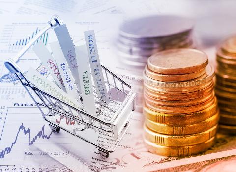 بانکها در بازار سرمایه بازارگردان باشند، نه نوسان گیر/ ورود مستقیم بانکها به بازار سرمایه، نقدینگی میآورد