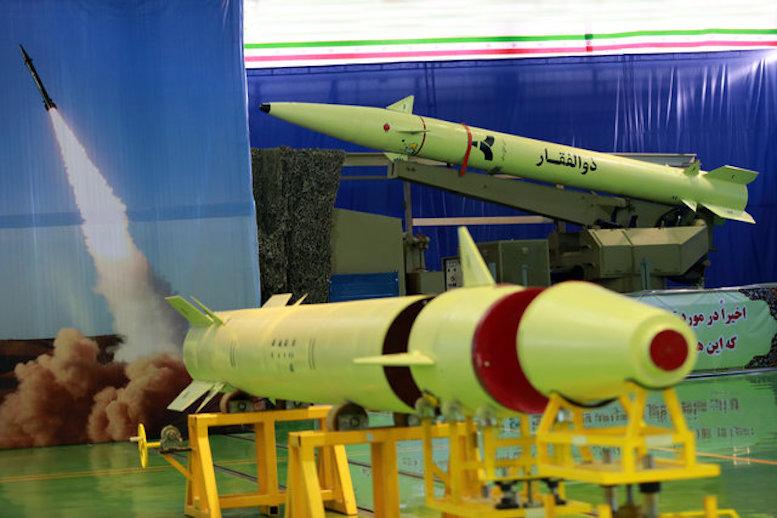 آشنایی با دفاع مشروع و حق ایران در توسعه برنامه موشکهای دوربرد