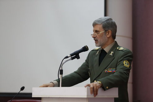 واکنش وزیر دفاع ایران به تحریمهای جدید آمریکا