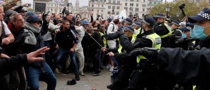 درگیری میان پلیس انگلیس و معترضان در لندن