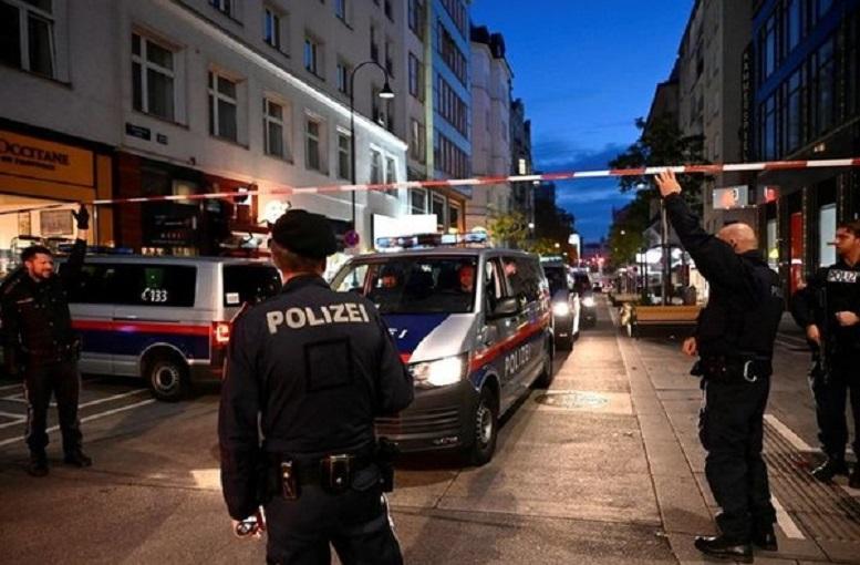 عاملان تیراندازی در وین تروریستهای بنیادگرا بودند