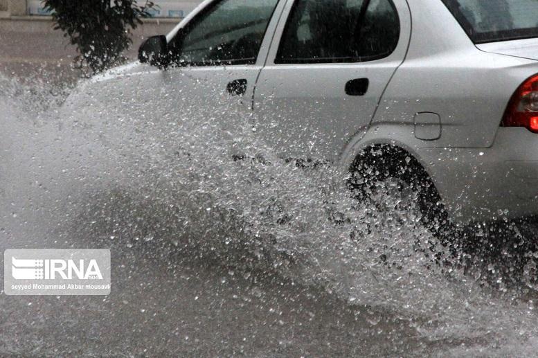 آبگرفتگی شهرهای گیلان درپی بارش شدید باران