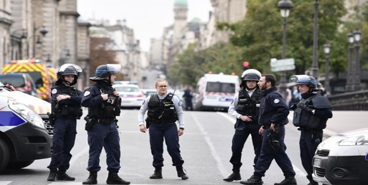 تعطیلی متروی «دو گل» پاریس درپی تهدید بمبگذاری