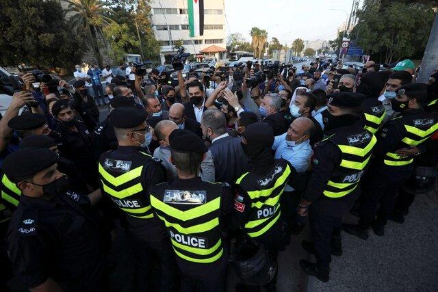 تحصن مقابل سفارت فرانسه در پایتخت اردن