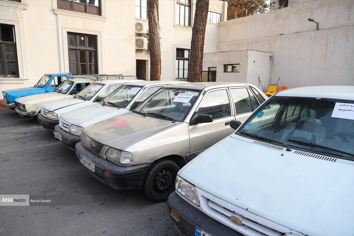 کشف خودروهای سرقتی توسط پلیس تهران