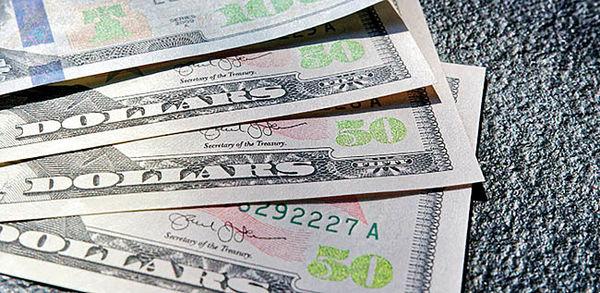قیمت دلار در بازار امروز چهارشنبه ۲۶ آذرماه ۹۹/ ثبات شاخص ارزی در کانال ۲۵/ همتی: بازار نرخ ارز را تعیین میکند