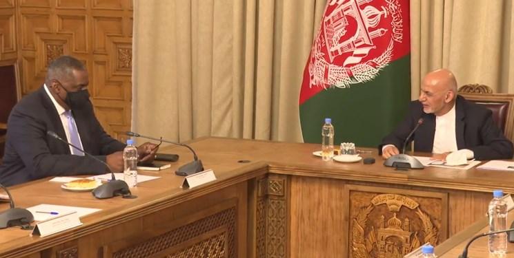 دیدار وزیر دفاع آمریکا با اشرف غنی
