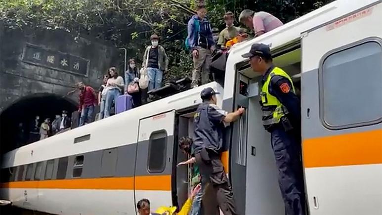 استعفای وزیر حمل و نقل تایوان در پی حادثه ریلی مرگبار