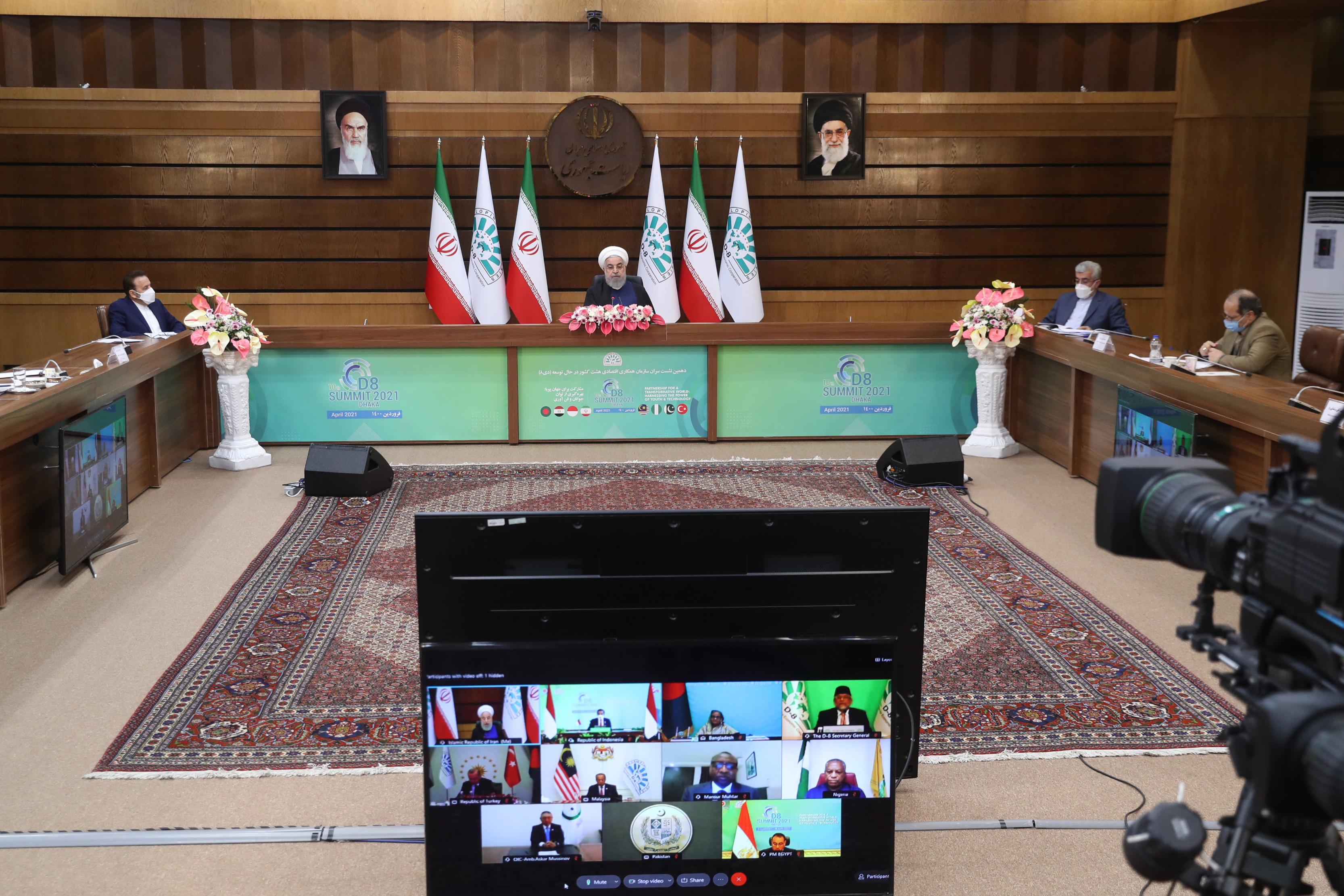 آمریکا با لغو تحریمها به برجام بازگردد/ جنگ اقتصادی آمریکا علیه ایران شکست خورد/ اقتصاد ایران با وجود تحریمها و کرونا 2 درصد رشد کرد