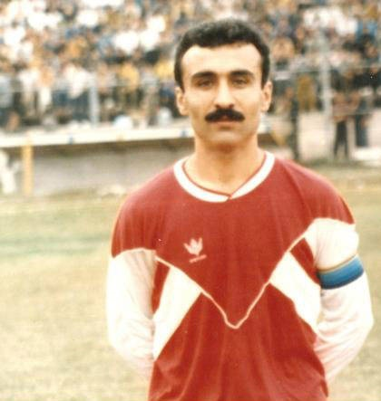 عکس قدیمی مرحوم نادر دست نشان در اوج فوتبالش