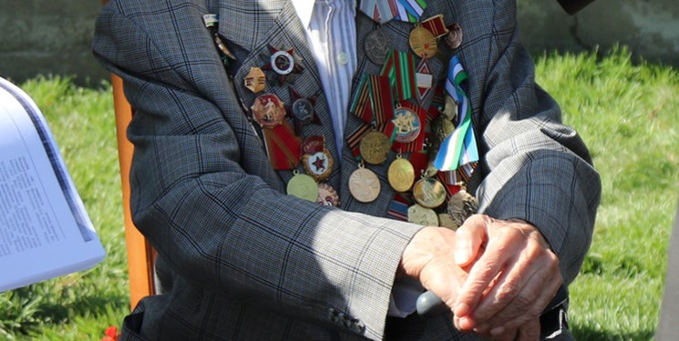 اعطای پاداش هزار دلاری به کهنه سربازان ازبک