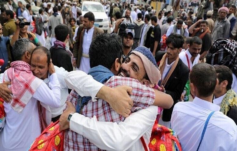 آزادی ۱۱ اسیر یمنی در عملیات مبادله اسرا
