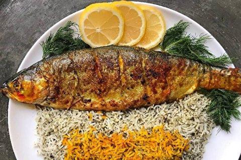 طرز تهیه سبزی پلو و ماهی آذری