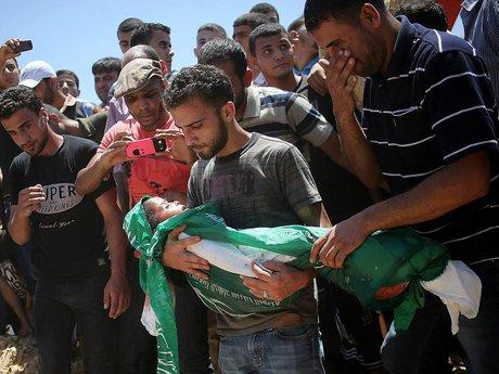 کشته و زخمی شدن بیش از ۳۰۰ فلسطینی در حملات اسرائیل به غزه/نشست شورای امنیت سازمان ملل درباره غزه/ انهدام خودروی نظامی اسرائیل با موشک هدایت شونده قسام/ هشدار پمپئو درباره بازگشت آمریکا به برجام