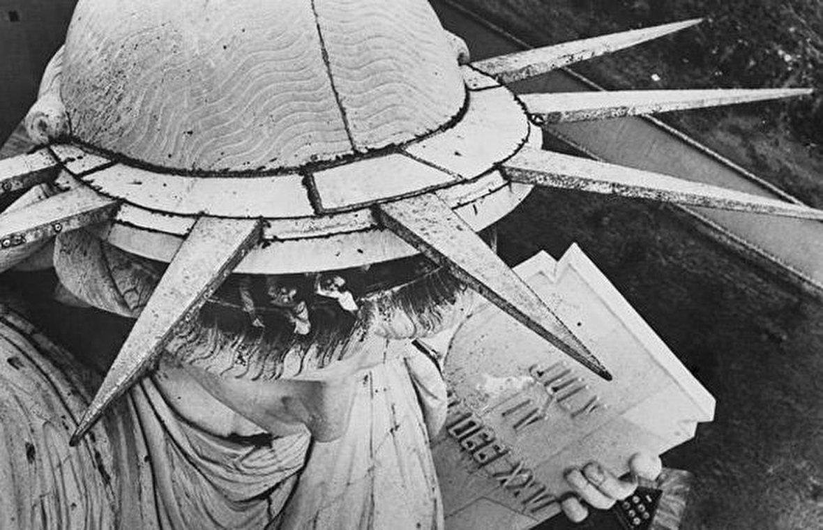پیروزی اراده آدولف هیتلر / پروپاگاندای بریتانیا پس از اشغال ایران / مجسمه آزادی آمریکا برای مصر است! / روایت یک حضور اتفاقی در انقلاب 1357 / چه چیزی منجر به بیخوابی میشود؟ / پانزده تکنیک رانندگی تدافعی