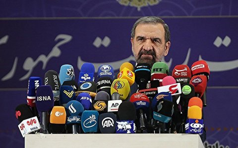 محسن رضایی: شما عامل بدبختی ملت ایران بودید