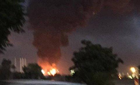 لحظه انفجار در مخزن پالایشگاه تهران