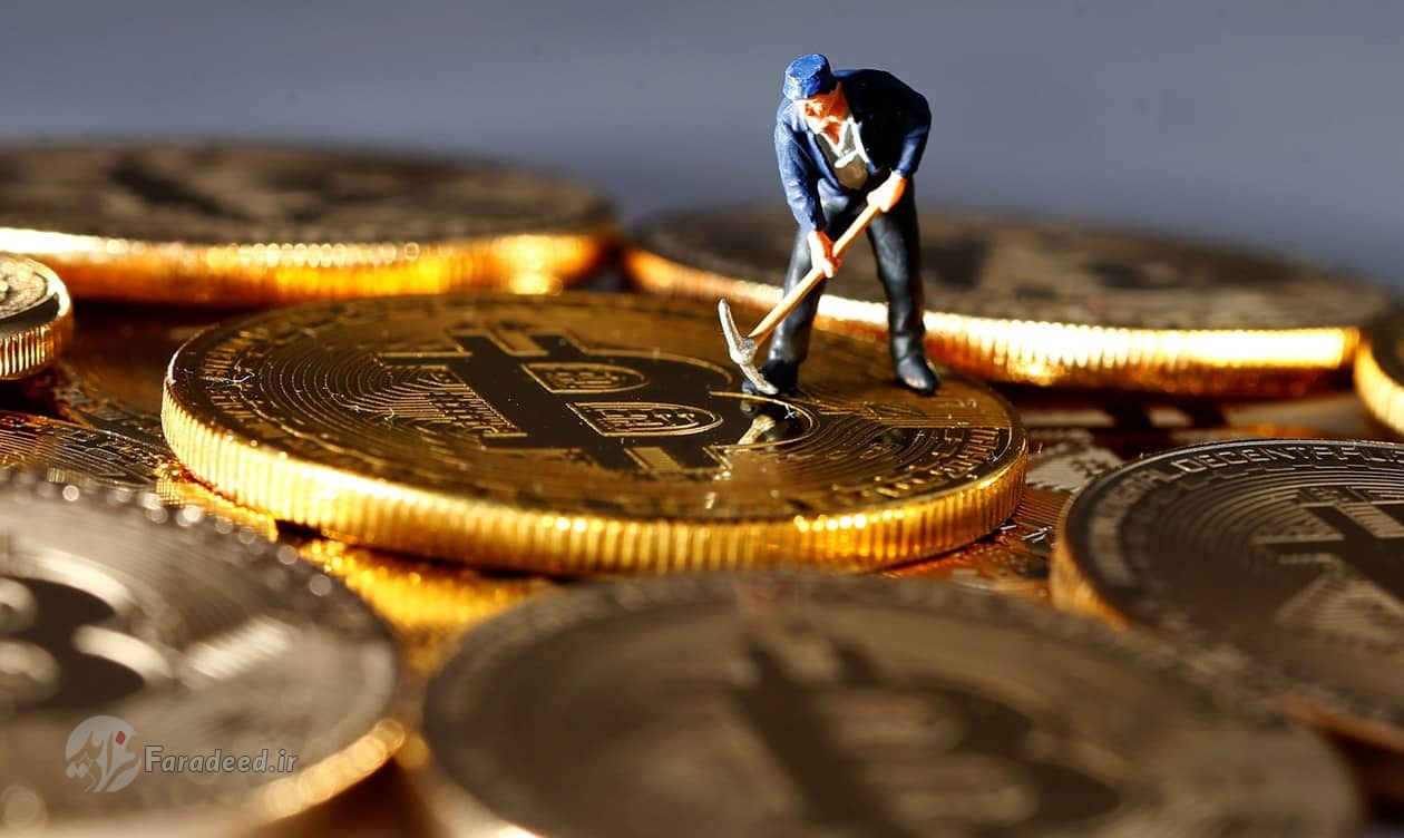 اَبَر بدهکاران بانکی؛ سوالی که در مناظره هم روی زمین ماند/ تحلیل رییس سازمان بورس از وضعیت بازار سرمایه/ عوامل موثر بر قیمت طلا در هفته جاری/ بسته حمایت از مستاجران به کجا رسید؟