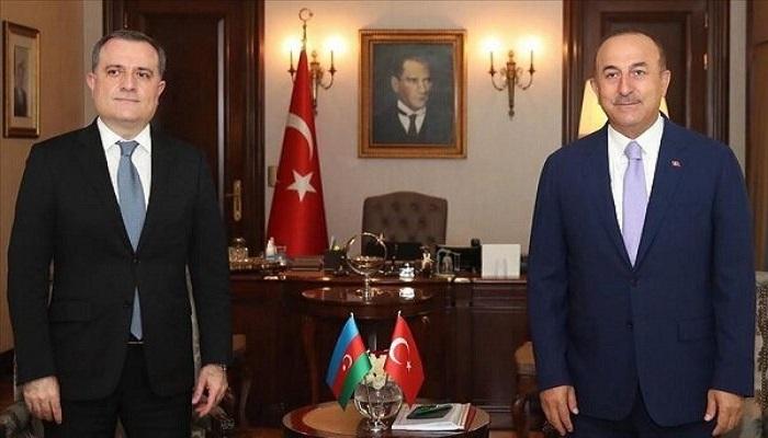 گفتگوی تلفنی وزرای خارجه جمهوری آذربایجان و ترکیه