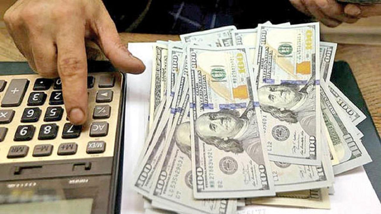 قیمت دلار در بازار امروز دوشنبه ۲۴ خرداد ۱۴۰۰/ رشد اندک دلار در صرافیهای بانکی