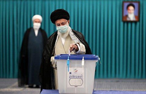 حضور و سخنرانی رهبر انقلاب در انتخابات