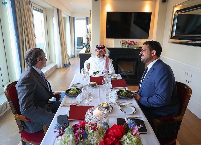 دیدار وزیر خارجه عربستان با مدیرکل آژانس اتمی