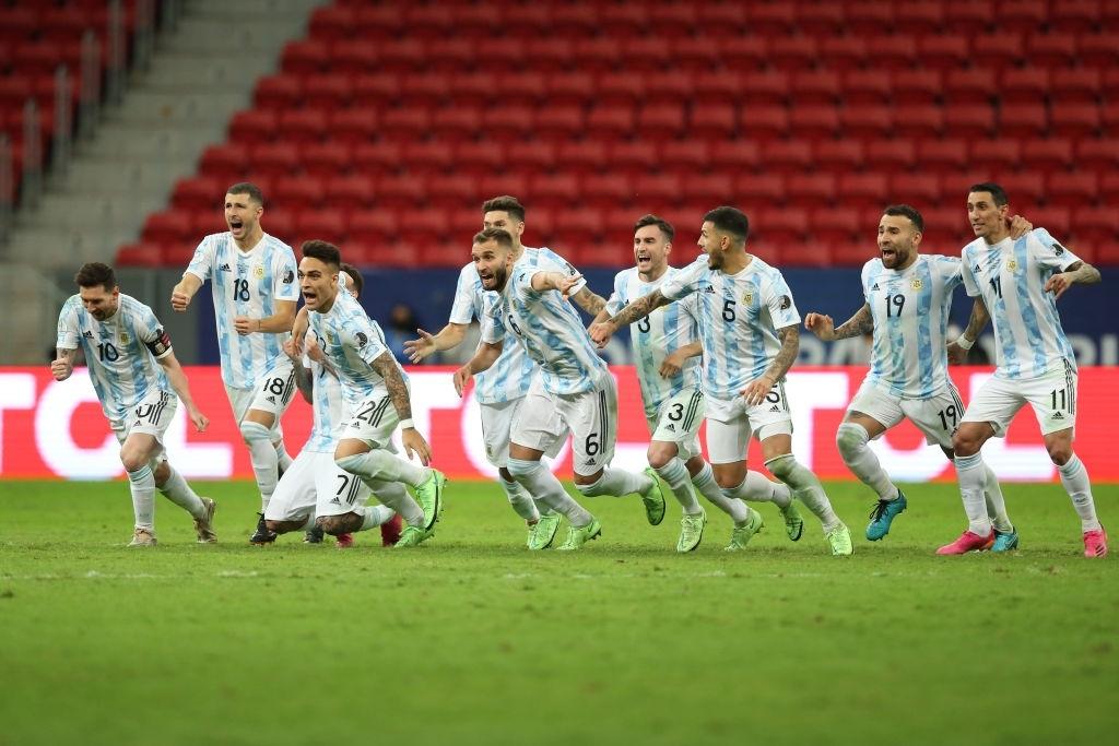 آرژانتین در پنالتیها به فینال رویایی با برزیل رسید