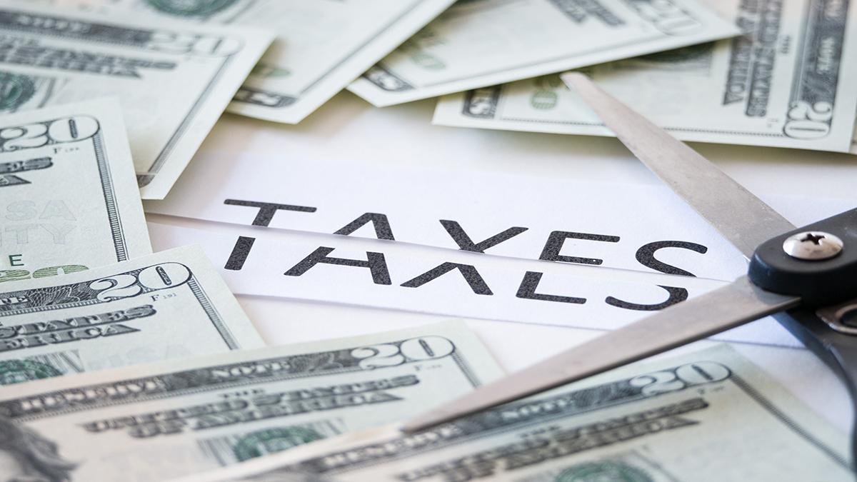 فرار مالیاتی به ۱۰۰ هزار میلیارد رسید