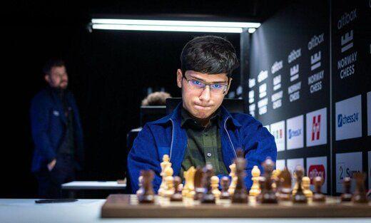 نابغه ایرانی و شماره یک شطرنج دنیا، فرانسوی شد