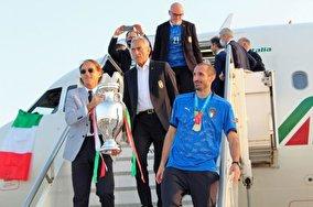 جشن ورود ایتالیا به شهر رم با جام قهرمانی یورو