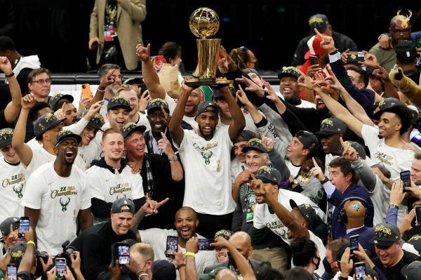 قهرمانی میلواکی باکس در NBA بعداز نیم قرن