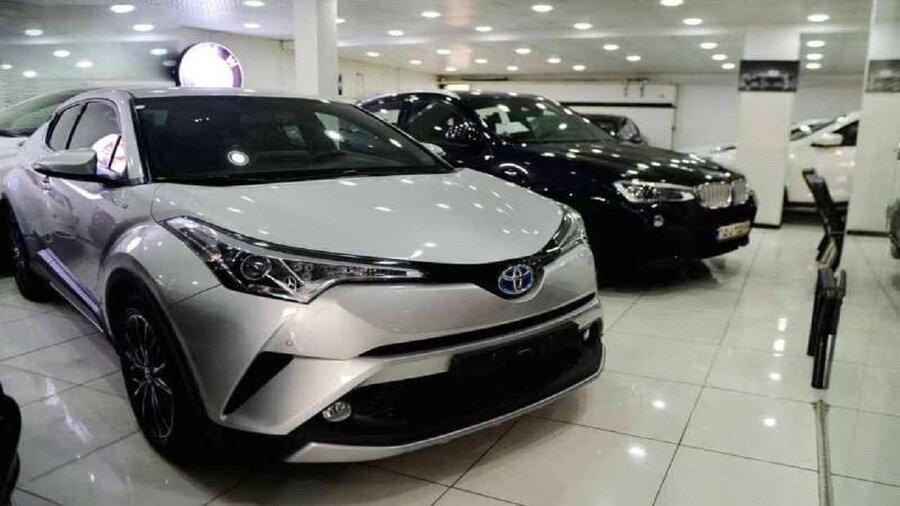 معامله خودرو تا ۵۰ درصد کاهش یافت