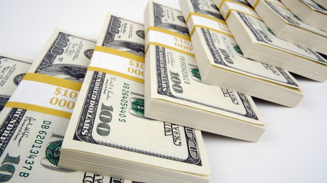 کارشناس مسکن: قیمت خانه ۱۲۰۰ برابر شد/ شرکتی که ارزش آن برای اولین بار از ۲ تریلیون دلار فراتر رفت/ رشد صادرات غیرنفتی ایران در بهار امسال/ پیش بینی بورس تا پایان سال