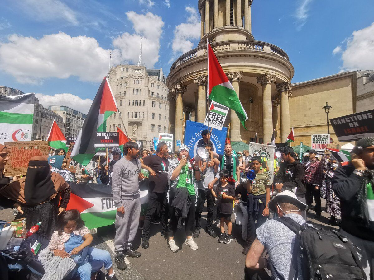 انگلیس صحنه اعتراضات مخالفان نژادپرستی